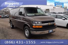 new 2017 chevrolet express 3500 work van 3d cargo van near
