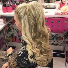 absolutely love this hair curly ariana grande style down dos