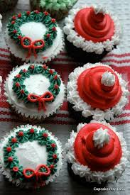 Decoration For Christmas Cake by Best 25 Christmas Cupcakes Decoration Ideas On Pinterest