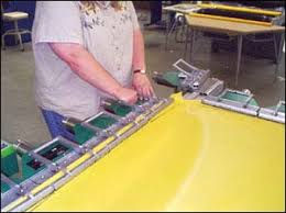 Stretching Table Ergonomics In The Printing Industry Etool Screen Printing