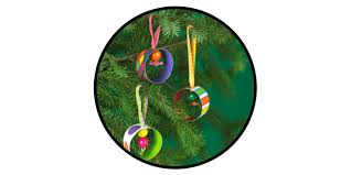 16 paper ornaments to dress up your tree the