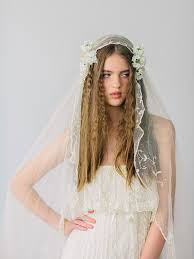 bridal flowers for hair how to wear flowers in your hair bridal hair flowers snippet