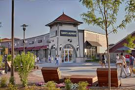 about woodbury common premium outlets a shopping center in