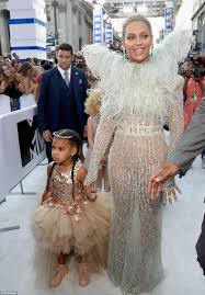beyonce brings blue ivy as her date to the 2016 mtv vmas daily
