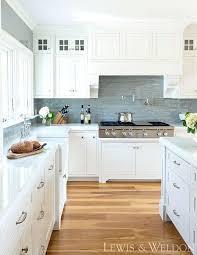 benjamin moore white dove cabinets benjamin moore oc 17 white dove cabinets are maple painted 0c antarti
