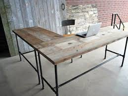 Diy Pipe Desk The Height Of The Desk Slightly To Ensure It Is Level And You