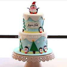 Christmas Cake Decorations Videos by 437 Best Penguin Cakes Images On Pinterest Penguin Cakes