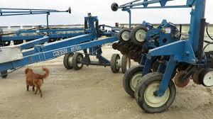 Kinze Planter Parts by 2004 Kinze 3700 24 Row Planter Youtube