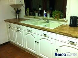 comment renover une cuisine en bois comment renover une cuisine en chane cuisine en chene repeinte en