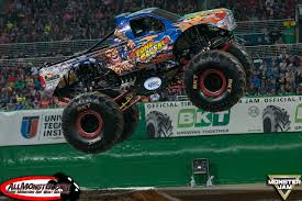 monster truck show detroit bradshaw and meents stand tall in st louis monster jam fs1