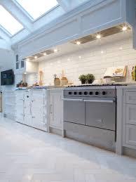 kitchen floor idea engageant modern kitchen floor tiles countyrmp