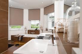 rollos f r badezimmer rollos maßgefertigt für fenster dachfenster teba