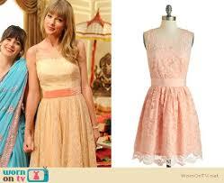 wornontv taylor swift u0027s yellow lace dress on new clothes