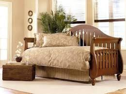 White Wood Daybed With Trundle Wooden Daybed With Trundle Honey Finish Wood Day Beds White Wooden