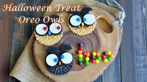 Easy To Make Halloween Snacks by Easy Diy Halloween Treats How To Make Oreo Owls Cookies Youtube