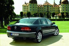 chrysler phaeton vw exec dreams of more suvs and the return of the phaeton in u s