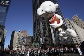 see the wimpy kid thanksgiving day balloon inflate heads up by
