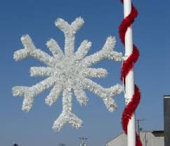 Commercial Decorations For Christmas by Pole Mounted Christmas Decorations For Holiday Lamp Post And