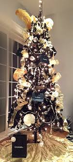 blackmas tree decorating ideas and white decorations