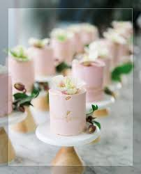 individual wedding cakes wedding cake individual wedding cakes for each guest diy mini