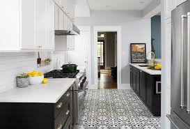 kitchen paint cabinets at bottom light at top white top cabinets and blue bottom cabinets design ideas