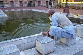 a visual delight u2013 maryam zamani and wazir khan mosques pakistan