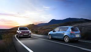 renault grand scenic 2007 renault launches scenic and grand scenic minivans wemotor com