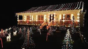 when does the great christmas light fight start watts going on the gaudy excess of the great christmas light fight