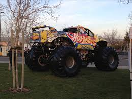 monster truck grave digger video crazy about mutt rottweiler s pinterest mutt real monster truck