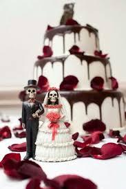 25 Best Skull Wedding Ideas by 120 Best Goth Wedding Images On Pinterest Red Black Weddings