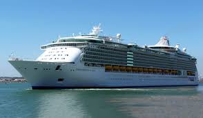 10 biggest cruise ships in the world port mobility civitavecchia
