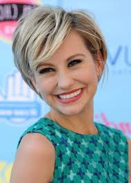 who cuts chelsea kane s hair chelsea kane cute short haircut with side swept bangs for girls