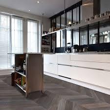 parquet de cuisine parquet pour cuisine salon exceptional carrelage 4 la nos conseils 3