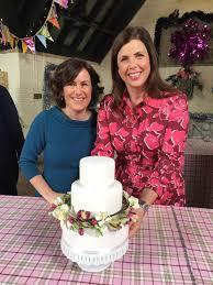 morningside bakes bespoke wedding cakes based in north