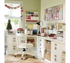 tips on creating home office hort decor