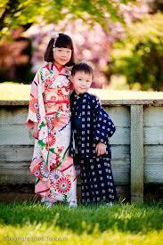 portraits of kids in kimono mark tantrum photography