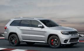 jeep srt 2015 red vapor 2017 jeep grand cherokee srt pictures photo gallery car and driver