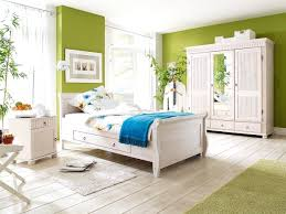 2017 schlafzimmer einrichten lila schlafzimmer landhausstil