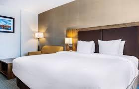 dorval chambre en ville quality hotel dorval aeroport montréal hotel info