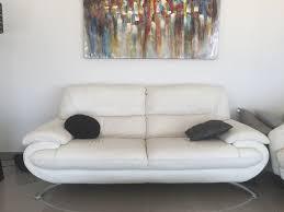 canapé cuir d occasion achetez canapés cuir blanc occasion annonce vente à la valette du