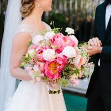 bridal bouquets different types of bouquet shapes what wedding flowers are best
