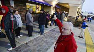 best black friday deals in peoria list of area stores opening for thanksgiving and black friday