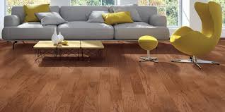 What Is The Difference Between Engineered Hardwood And Laminate Flooring Engineered And Solid Hardwood Differences Carpetsplus Colortile