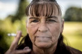 feeling light headed after smoking cigarette america s new tobacco crisis the rich stopped smoking the poor