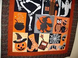 happy hauntings halloween quilt