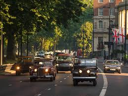 land rover queens jaguar land rover heads royal heritage drive photo u0026 image gallery