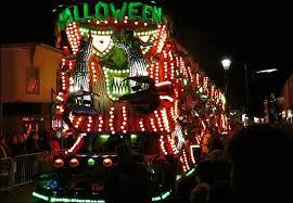 carnival float u0027s lights caused u0027short term u0027 eye problems for crew
