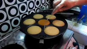 cara membuat kue apem bakar resep cara membuat apem gula merah youtube