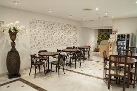 Wohnzimmerm El Im Englischen Stil Hotel El Faro Marbella Spanien Marbella Booking Com