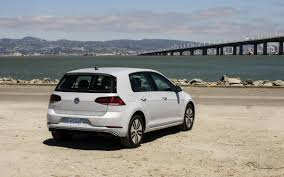volkswagen 2017 volkswagen e golf finally goes on sale with 31 315 base
